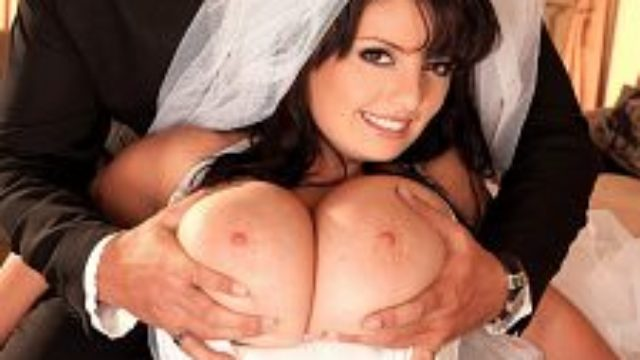 Arianna�s Bridal Hooter Bang
