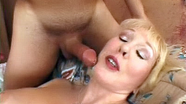 Huge-chested Mature Drains A Humungous Chisel