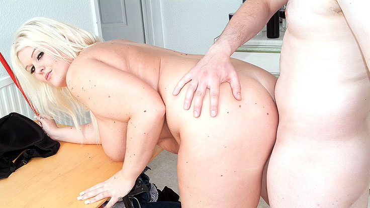 Huge-boobed Fattie Penetrated In Kitchen